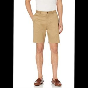 """Buttoned Down Fit Flat Front 9"""" Shorts-Size 32"""